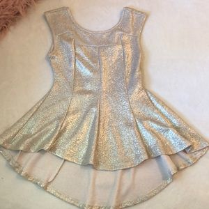 Revamped by Sirens Gold Peplum Top NWT